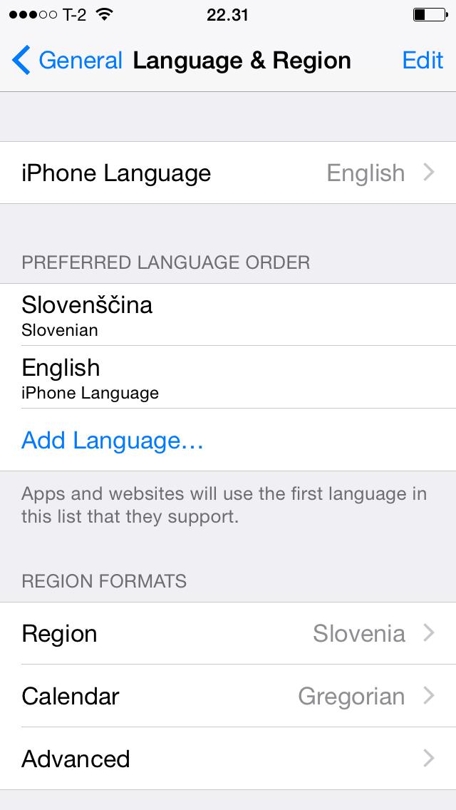 Naučimo aplikacijo slovenščine.