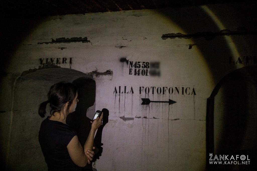V bunkerju