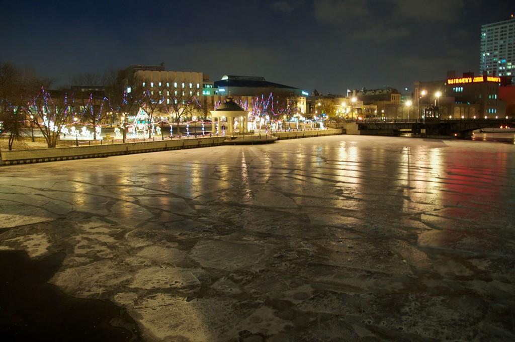Zamrznjena reka Milwaukee
