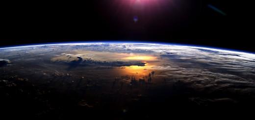 massive-ocean-underground-earth