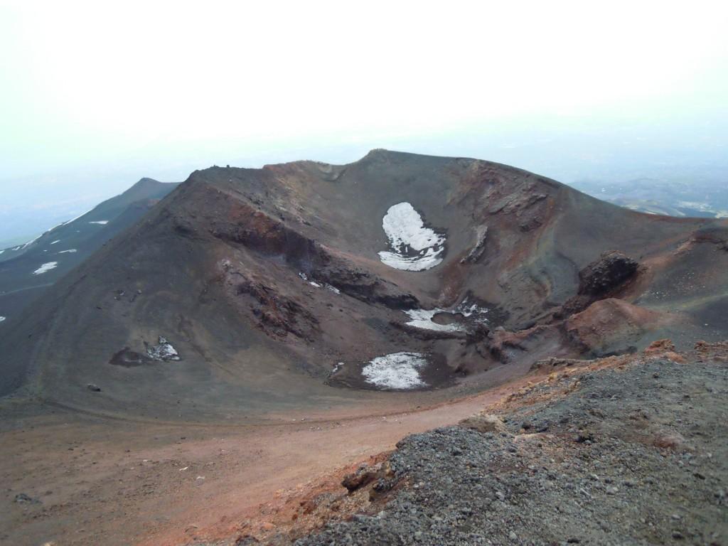 10. Kraterji na 2900 m.
