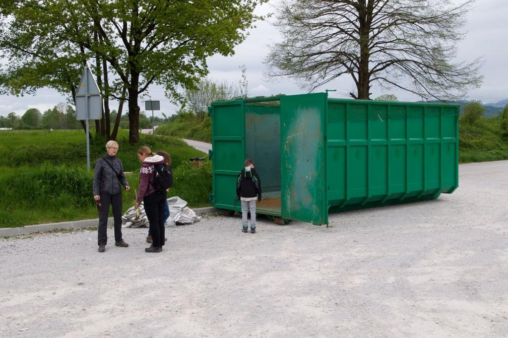 Na začetku je bil XXL kontejner prazen in le redki so verjeli, da ga bomo napolnili.