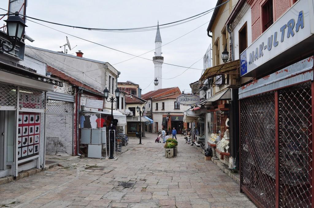 Skopski stari bazar se prebuja.