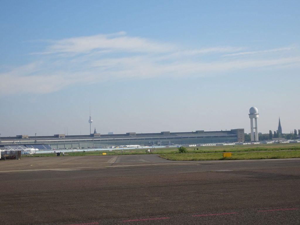 Zapuščeno letališče